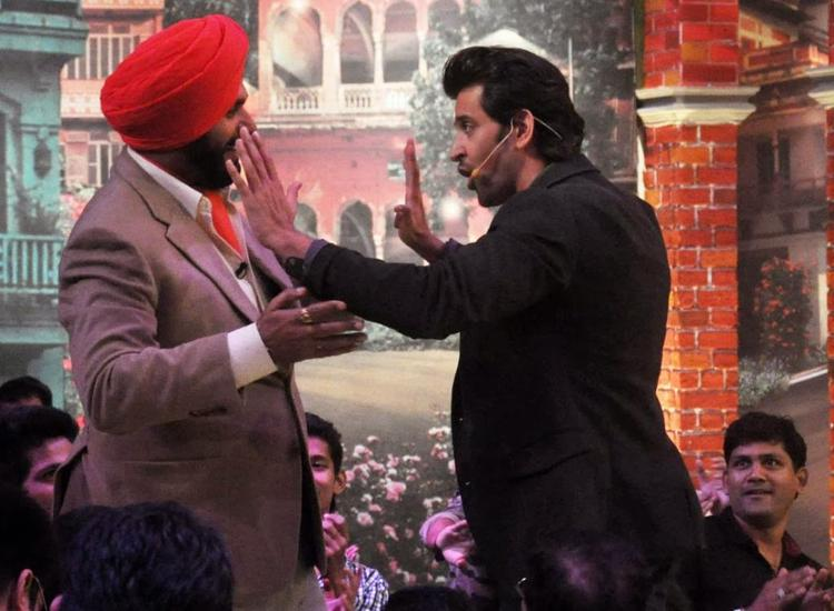 Hrithik And Sidhu latest Still During Comedy Nights With Kapil TV Show