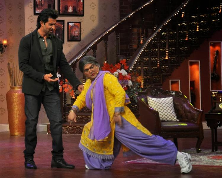 Hrithik Roshan And Dadi Fun Still During Popular TV Show Comedy Nights With Kapil
