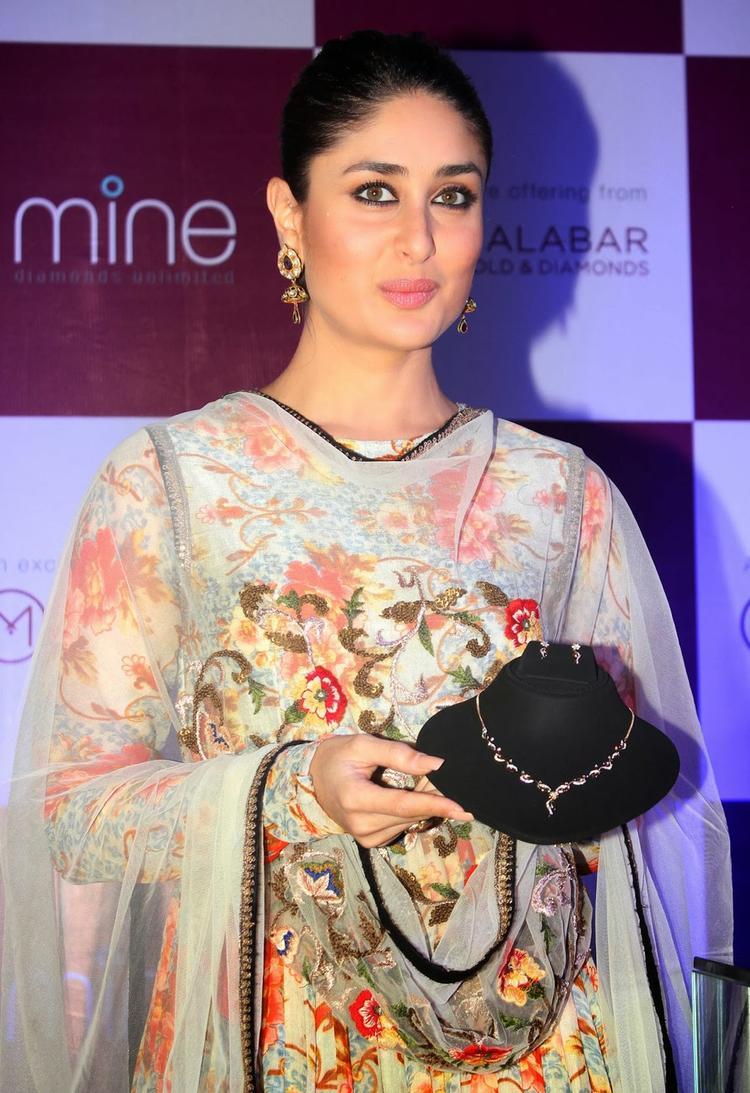 Kareena Kapoor As Brand Ambassador Of Malabar And Launchs Malabar Diamond Collection