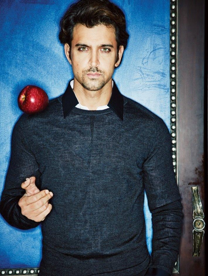 Hrithik Roshan Dashing Face Look Still On The Cover Of Filmfare 2013