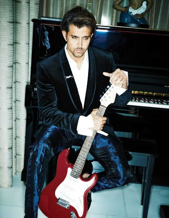 Hrithik Roshan Full Photoshots For Filmfare November 2013 With Guitar