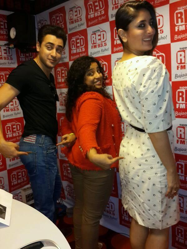Kareena And Imran At 91.1 Radio FM To Promote GTPM