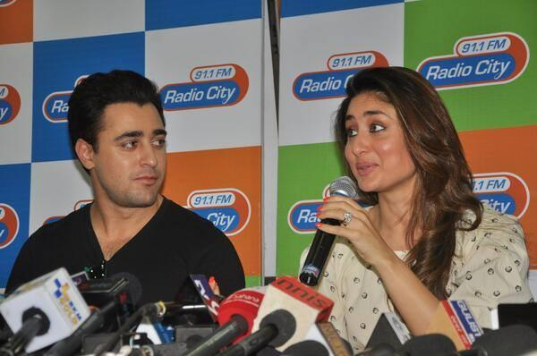 Kareena And Imran Press Meet Still At Radio City 91.1 FM