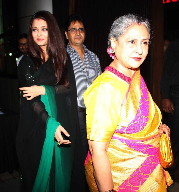 Aishwarya Comes With Jaya At Rehana Ghai's B'day Bash
