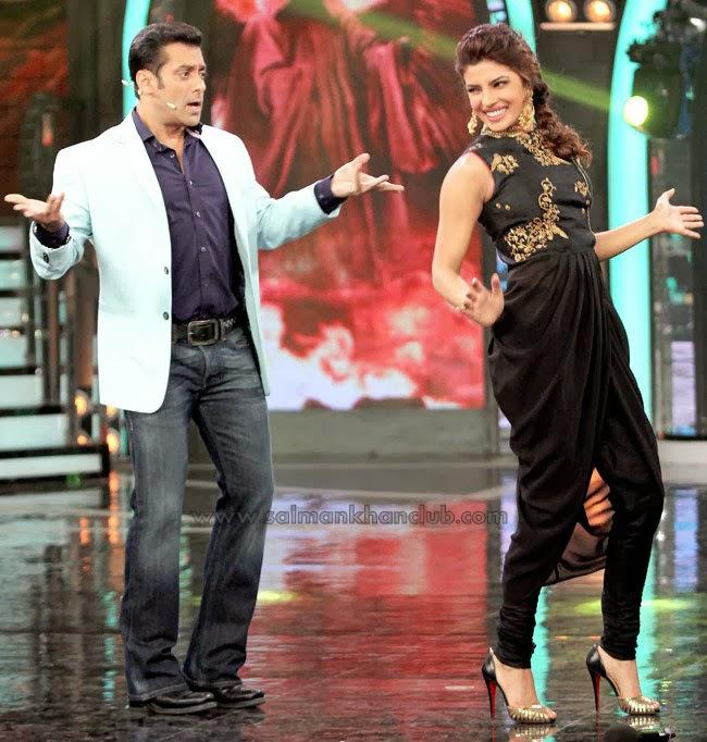 Priyanka Chopra Dances With Bigg Boss Salman Khan
