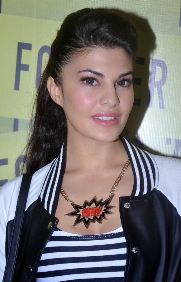 Bollywood Hottie Jacqueline Arrives Viviana Mall In Mumbai For Forever 21 Store Launch