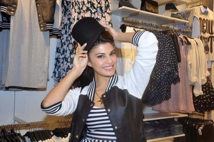 Jacqueline Fernandez During The Forever 21 New Store Inaugration