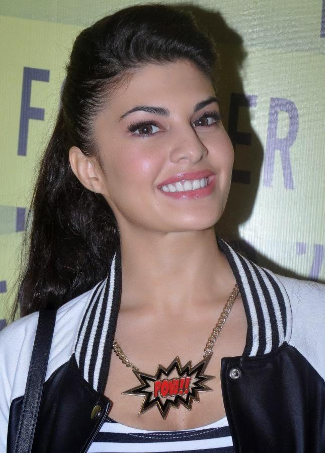Jacqueline Looking So Gorgeous During The Forever 21 Store Opening Event
