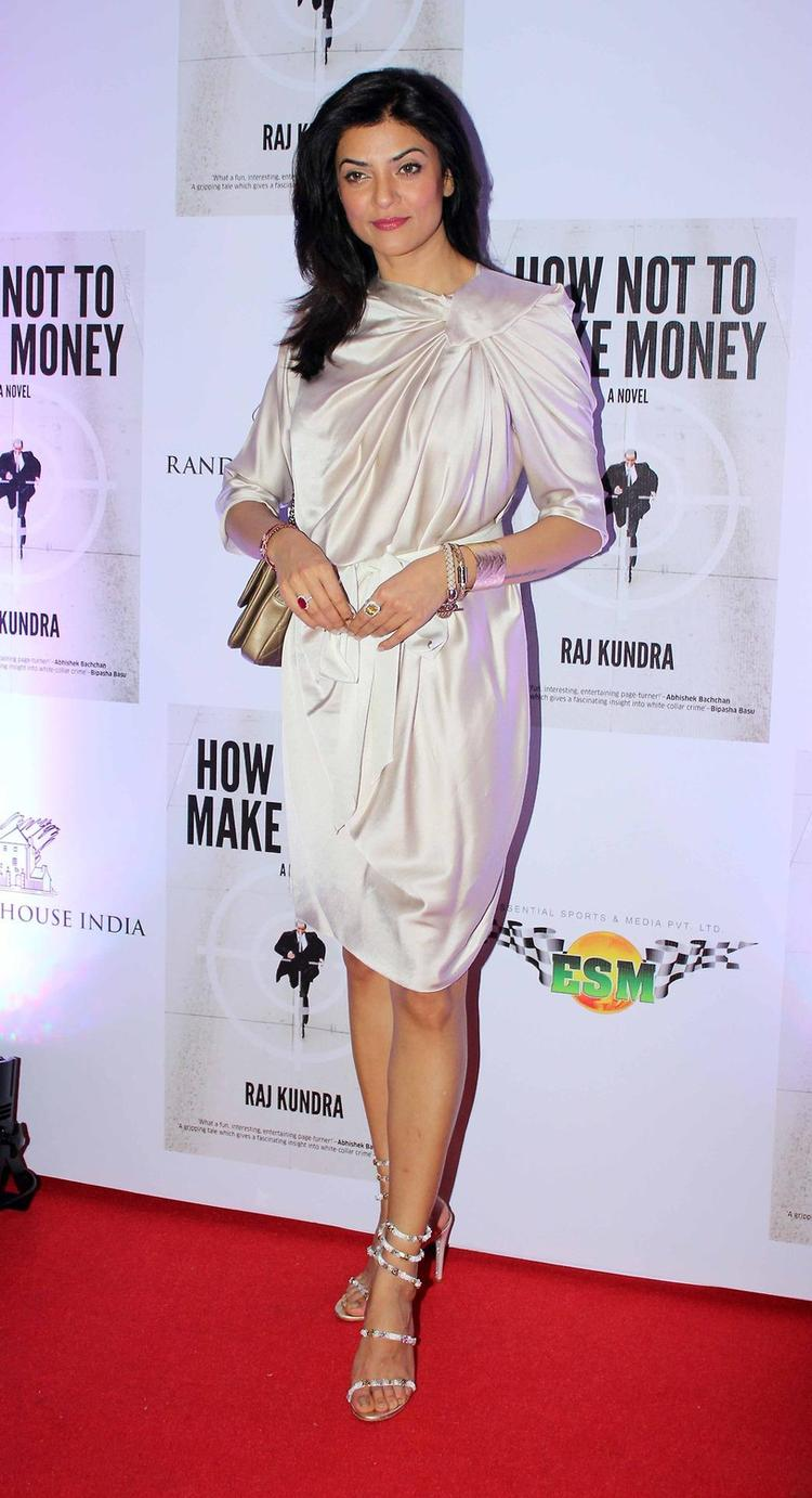 Sushmita On Red Carpet At The Success Bash Of Raj Kundra's Book