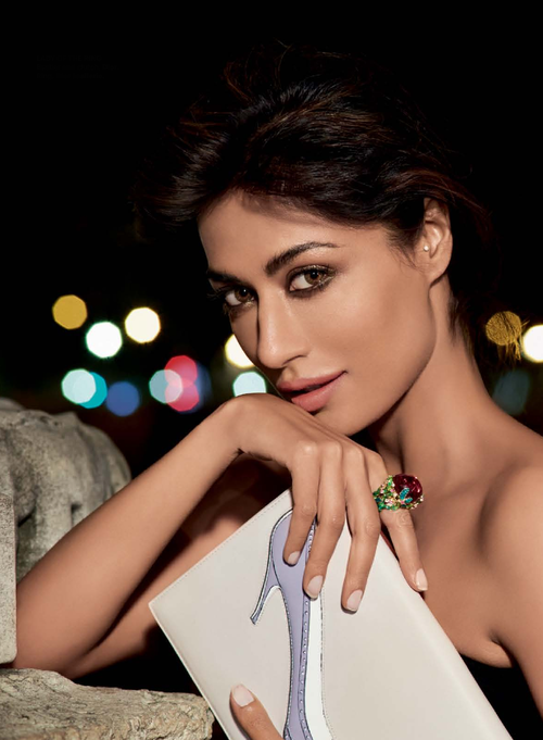 Chitrangada Singh Romantic Look Pretty Still For Harper Bazaar Nov 2013 Issue