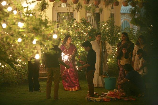 Rani Mukerji Celebrates Diwali At Aditya Chopra's Resident