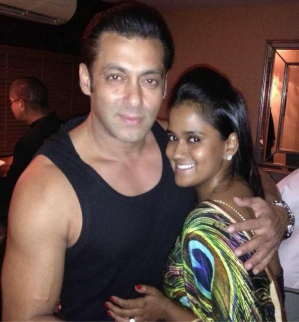 Salman Khan Posed With His Sister Arpita Khan At His Diwali Party