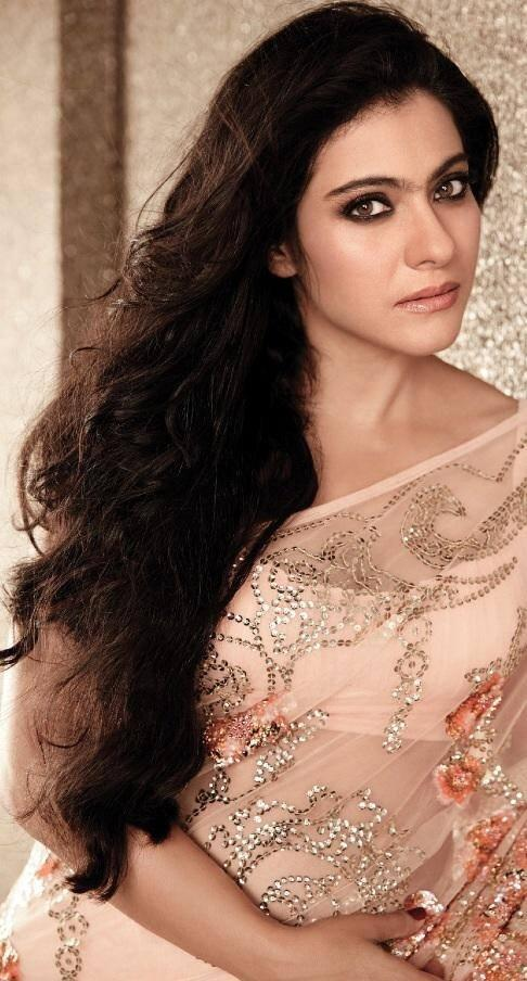 Pretty Kajol Devgan Hello! Magazine November 2013 Issue Pic In Saree
