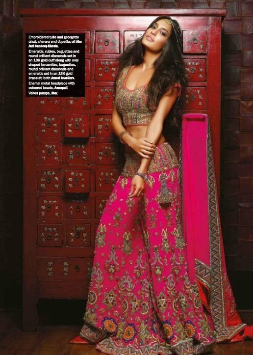 Lisa Haydon Latest Spicy Pose Photo Shoot For Noblesse Magazine