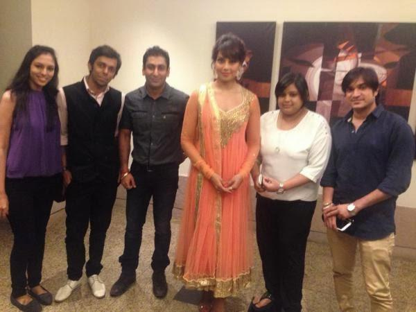 Glamour Bipasha Basu Pose With Her Fans At An Event In Kolkata