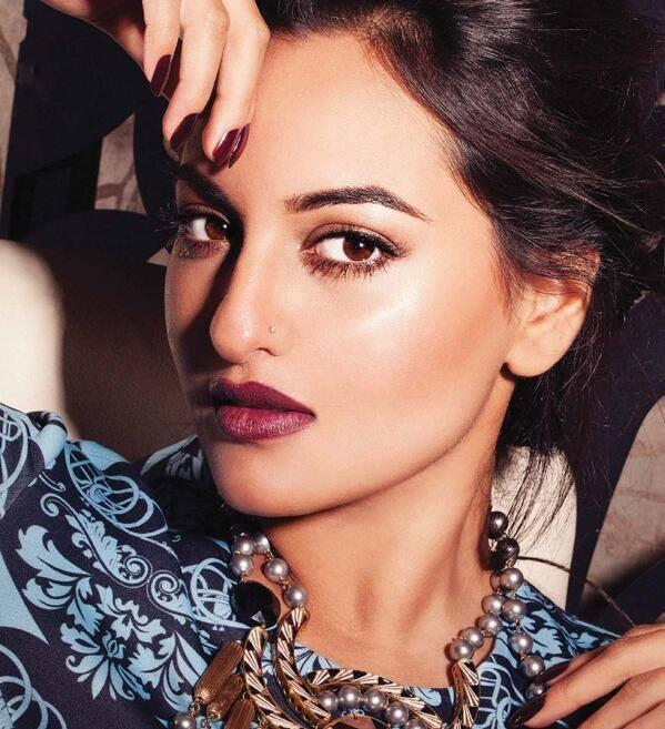 Sonakshi Sinha Stunning Gorgeous Look Shoot For Grazia November 2013 Issue