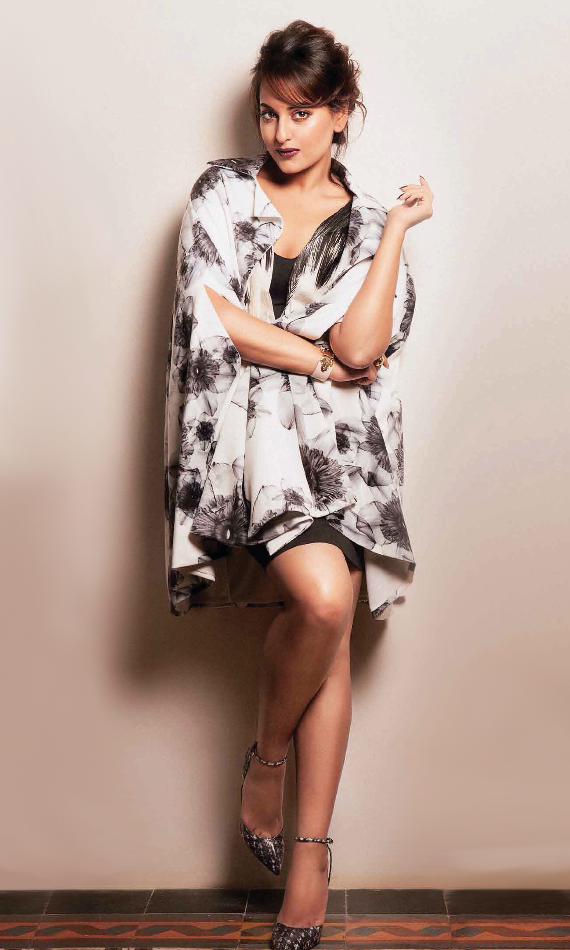 Sonakshi Sinha Stylish Hot Look Photo Shoot For Grazia November 2013 Issue