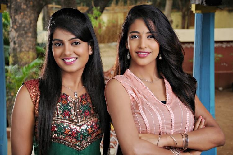 Bhoomika And Karina Sweet Smile Face In AK Rao PK Rao Movie