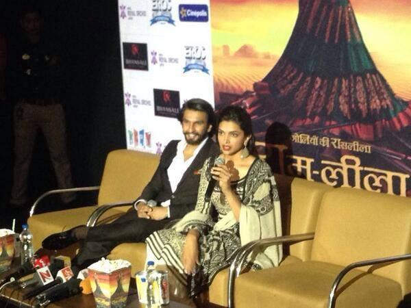 Ranveer And Deepika Promote Their Film Ram-Leela At Jaipur
