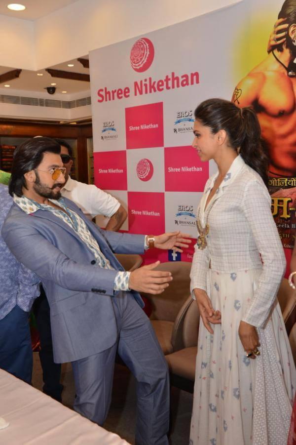 Ranveer And Deepika Having Fun During Ram Leela Film Promotion In Hyderabad