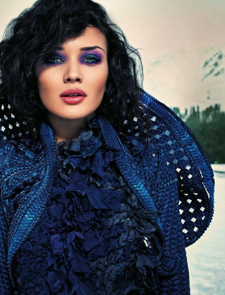 Amy Jackson Spicy Lips And Sexy Eyes Look Shoot For Verve Nov Issue 2013