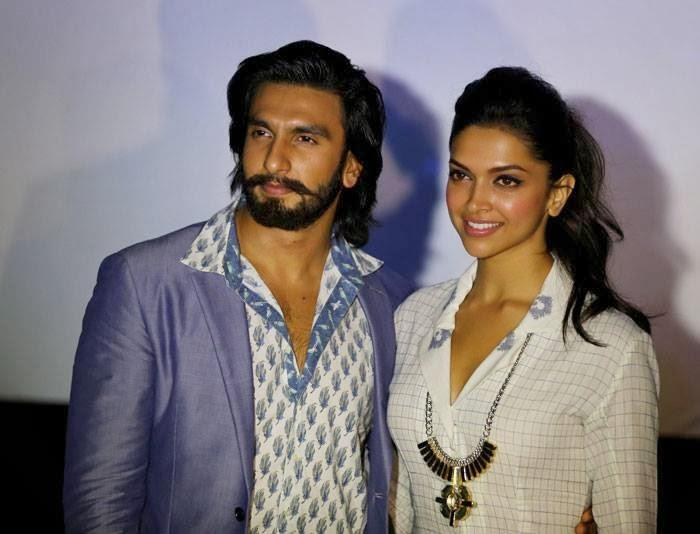 Ranveer And Deepika  Sweet And Cool Pose For Ram Leela Movie Promotion