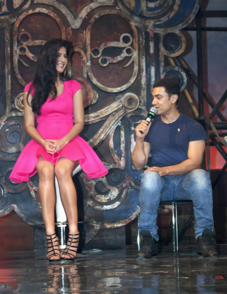 Katrina And Aamir Launches Dhoom Machale Song