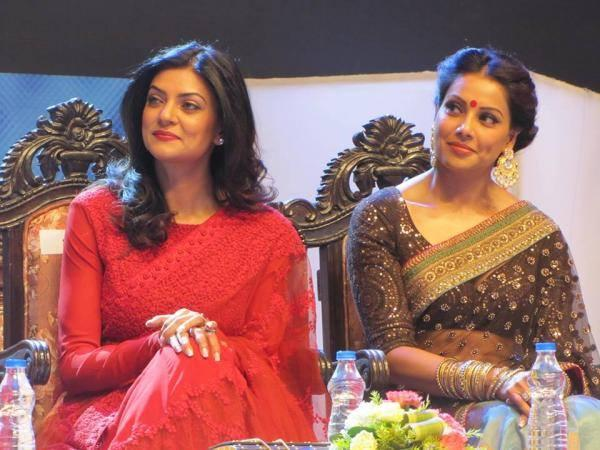 Bipasha And Sushmita Beautiful Stills In Saree's At The Kolkata International Film Festival