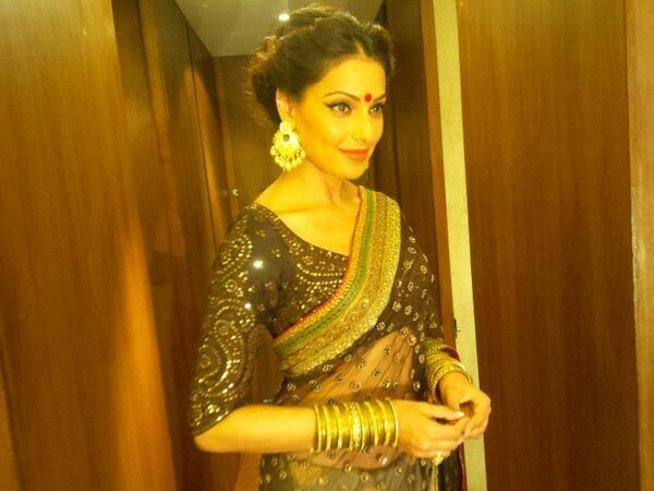 Bipasha Basu Looking So Gorgeous In This Outfit At The Kolkata International Film Festival