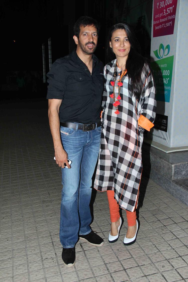 Kabir And Mini Nice Pose At The Special Screening Of Gori Tere Pyaar Mein