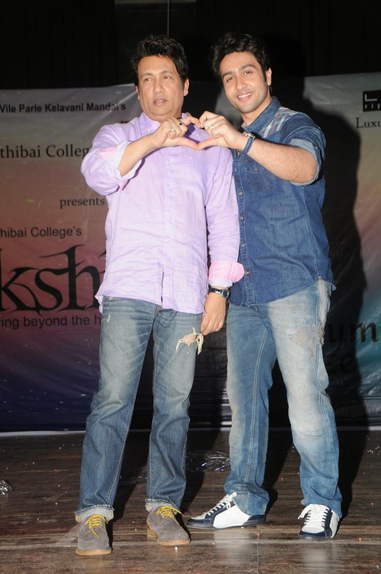 Shekhar Suman With Son Adhyayan Suman Promote Heartless Movie At Mithibai College Festival