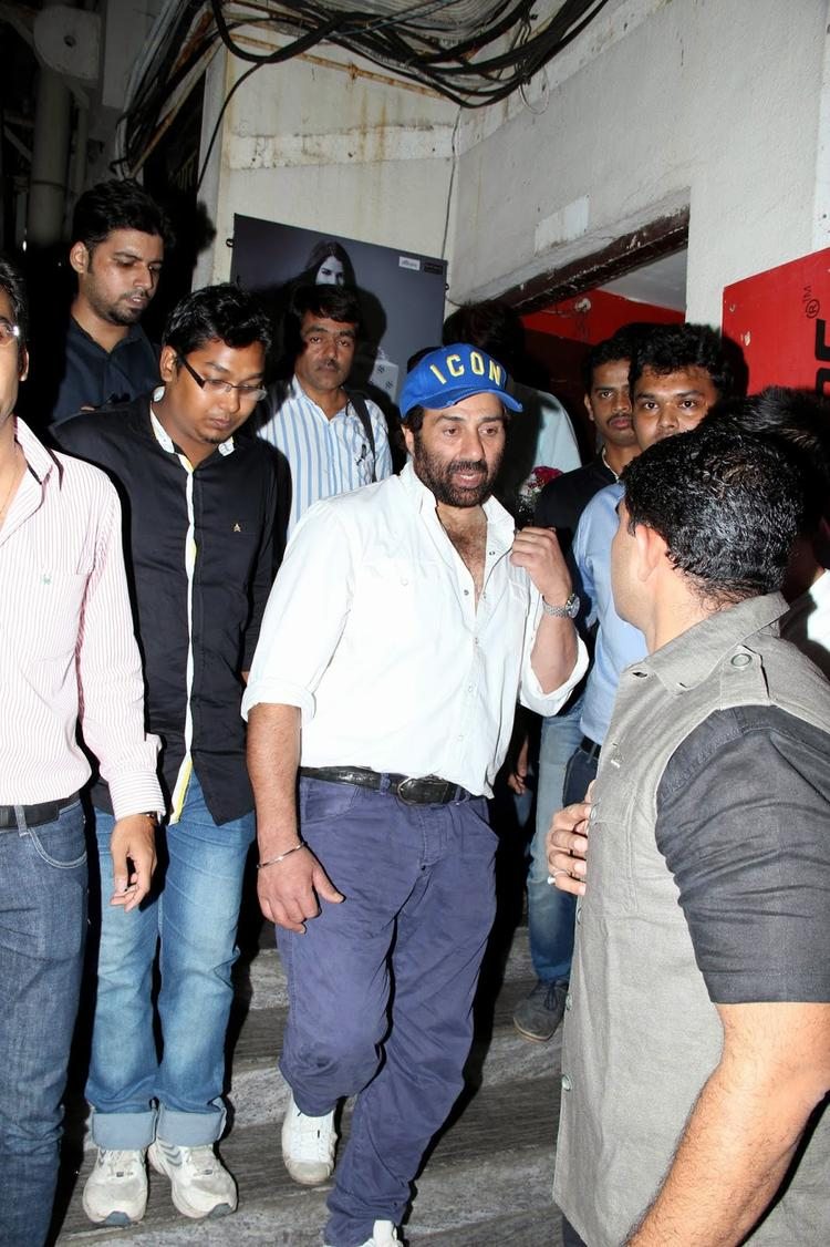 Sunny Deol Promotes Singh Saab The Great Movie At PVR Theatre Mumbai
