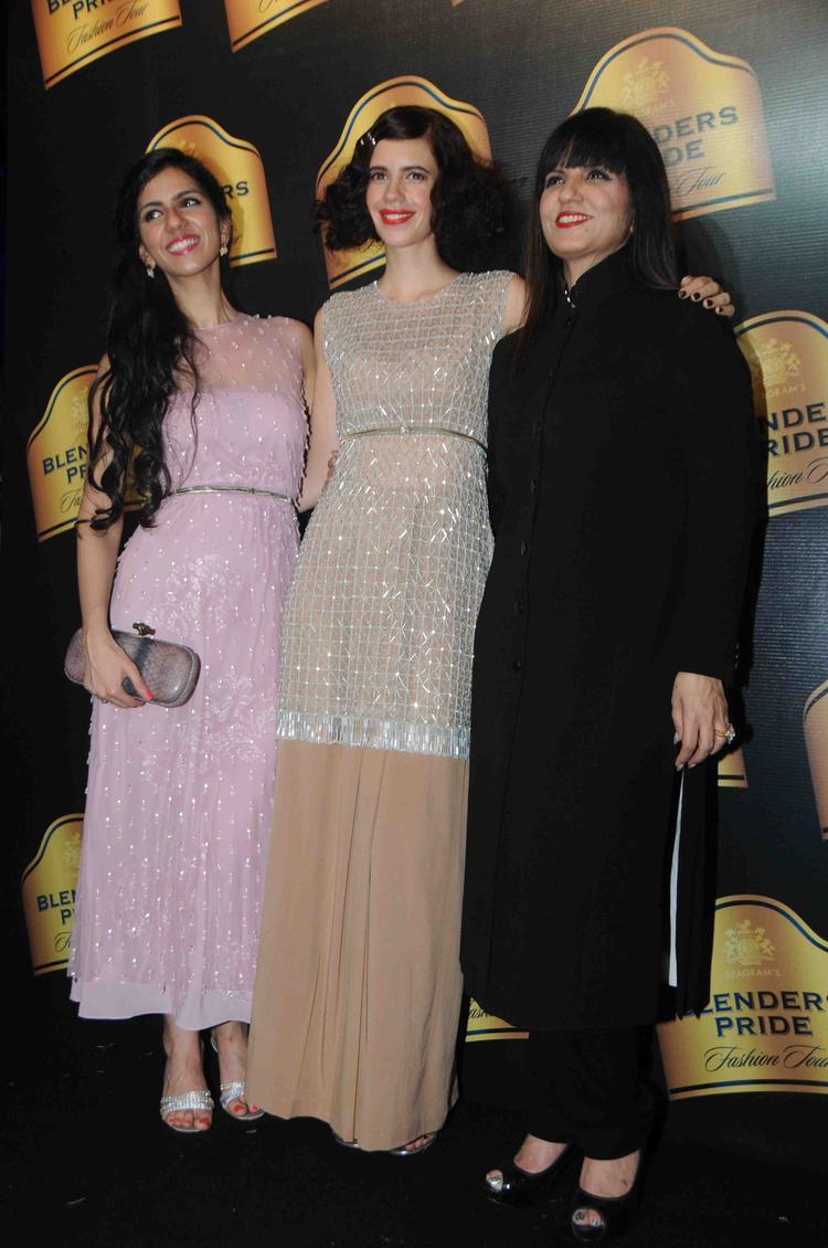 Kalki Pose With 2 Designer Neeta And Nishka At BPFT Mumbai Day 2 Event