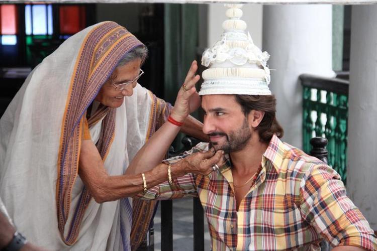 Saif Ali Khan Cute Still On The Sets Bullet Raja Movie
