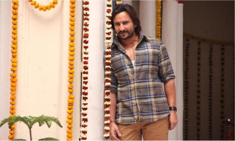Saif Watch Dance Performance Of Sonakshi In This Photo From Bullet Raja Movie