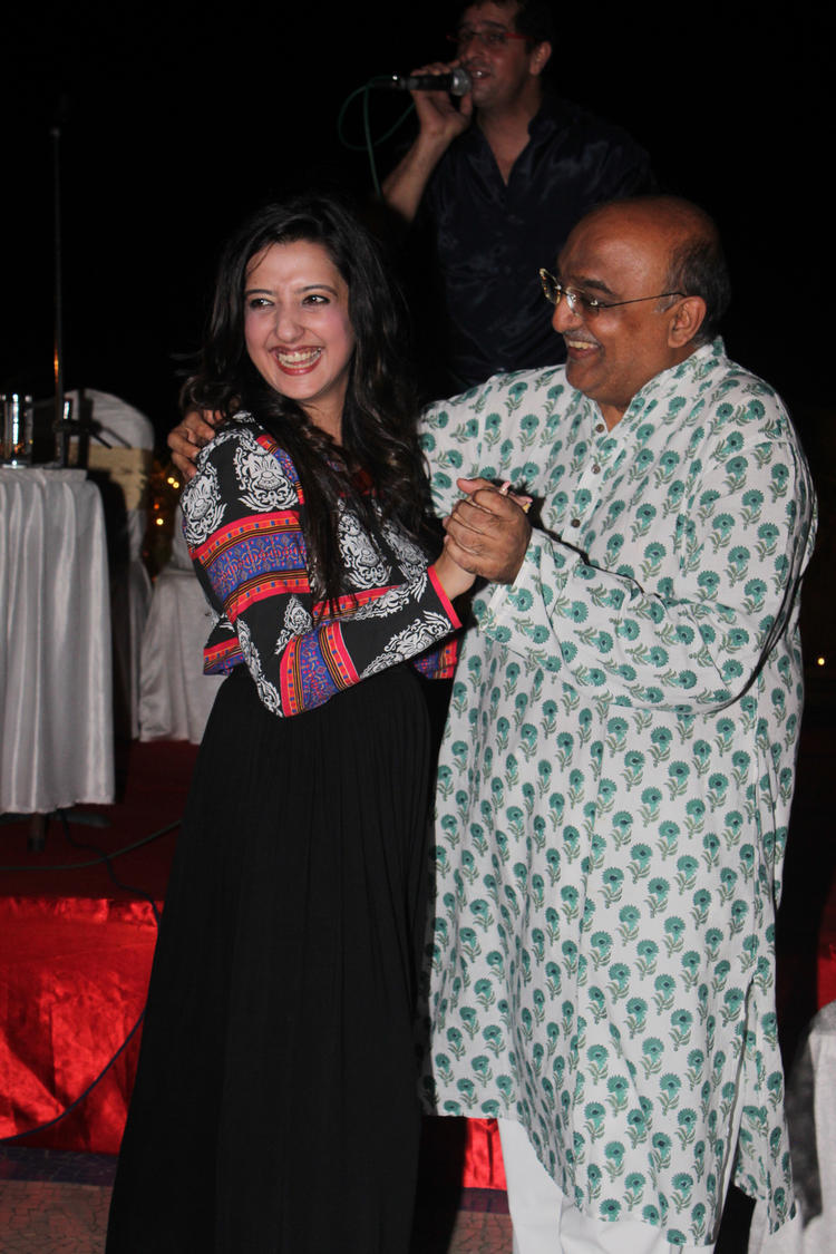 Amy Billimoria Smiling Pic During Her Fathers 70th Birthday Bash