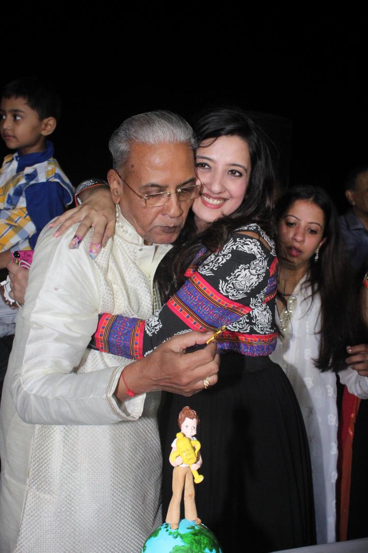 Exclusive Amy Billimoria's Father Dushyant Shah Birthday Bash Still