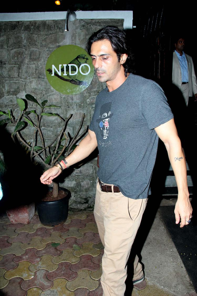 Arjun Rampal With Casual Look At Nido Resto In Bandra