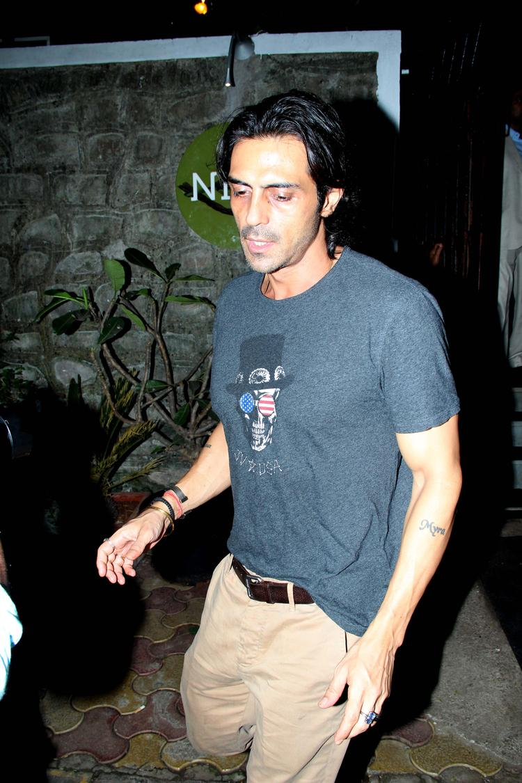 Arjun Rampal Spotted At Nido Resto In Bandra For Dinner