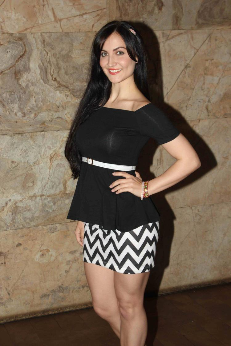 Elli Avram Bullet Raja Movie Special Screening Event Photo Shoot Pic