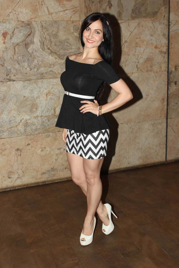 Sexy Elli Attend Bullet Raja Movie Special Screening