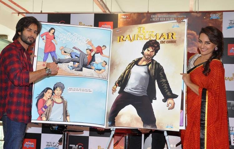 Shahid And Sonakshi Promote Their Upcoming Movie RRajkumar Comic Poster