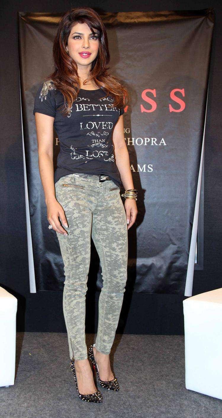 Bollywood Diva Priyanka Arrives At Campaign New Collection Of Guess