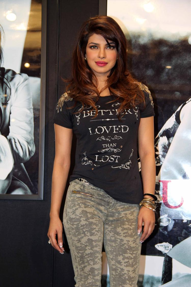 Priyanka Chopra Campaign New Collection Of Guess