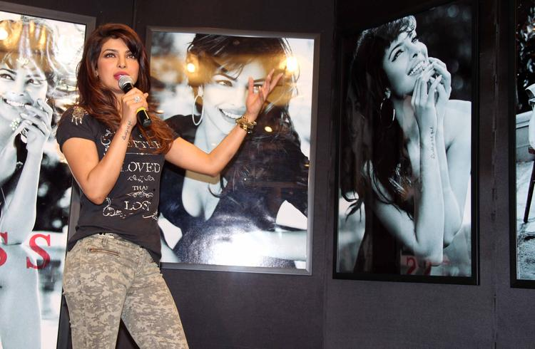 Priyanka Chopra Launch Her Sizzling And Sexy Posters