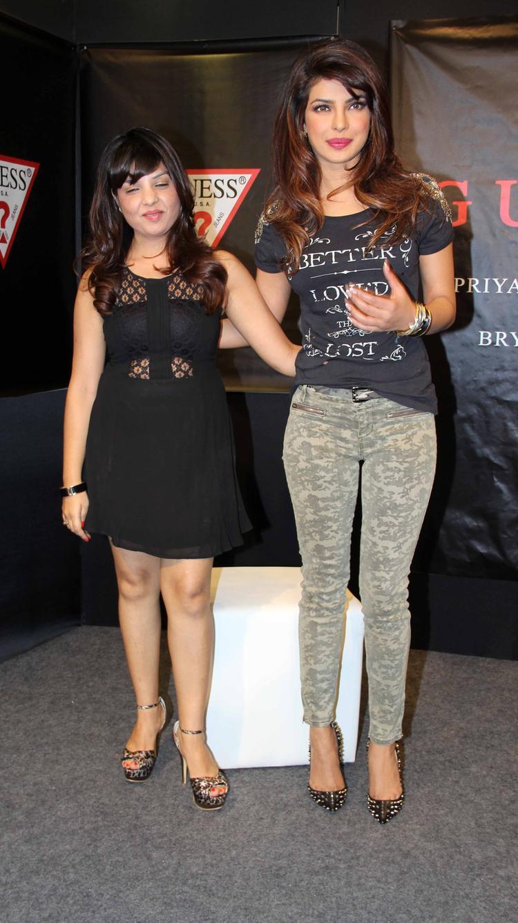Priyanka Chopra Looks Hot At Campaign New Collection Of Guess