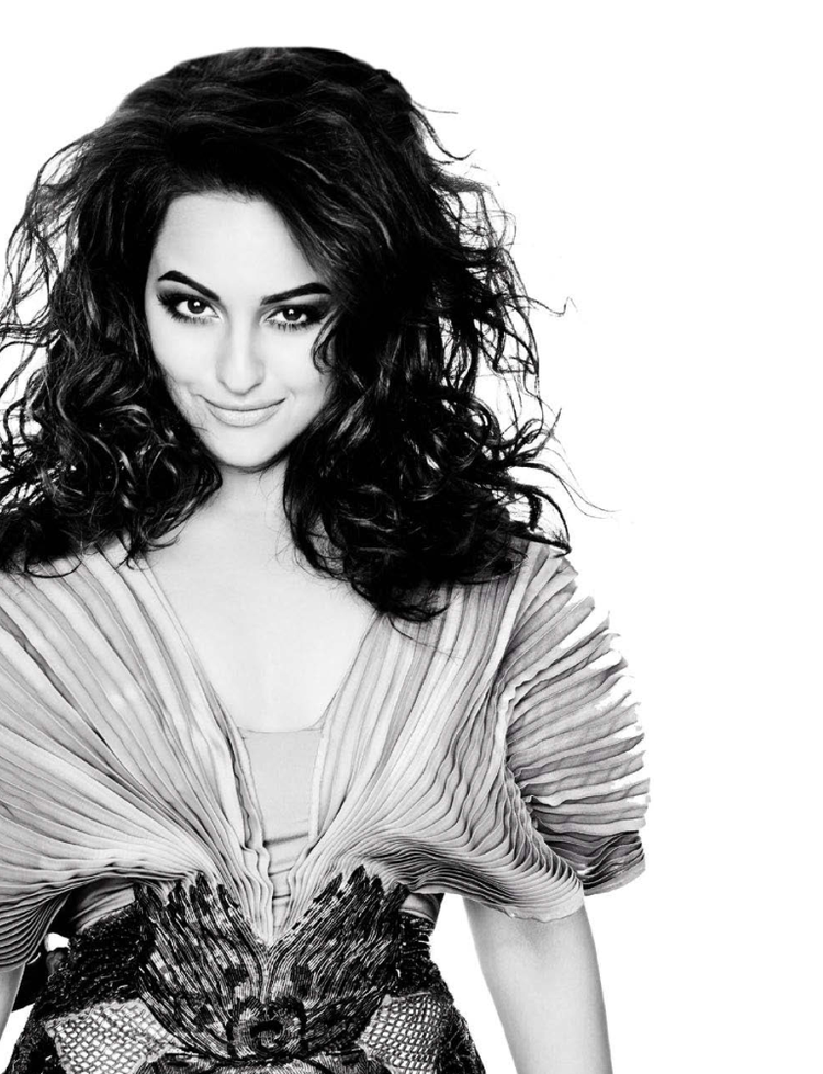 Sexy Bollywood Actress Sonakshi Sinha Cool Look For L'Officiel Covers 2013