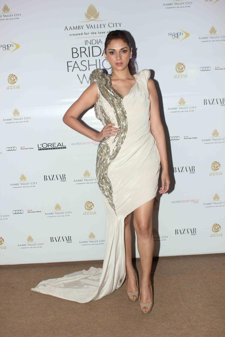 Aditi Rao Hydari Looked Alluring In This Revealing Outfit At India Bridal Fashion Week 2013 Day 2 Gourav Gupta Show