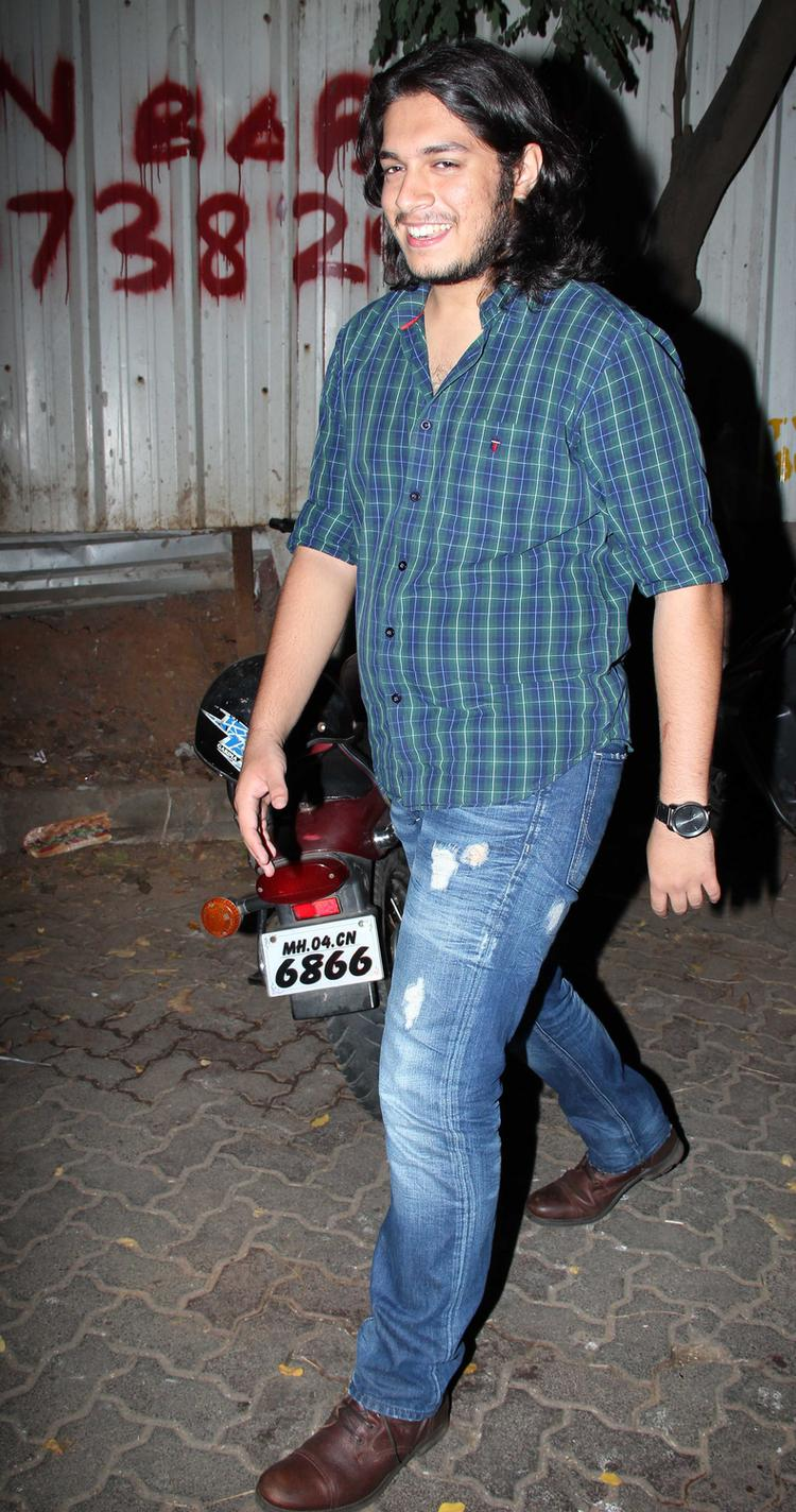 Junaid Attend Azad Rao Khan Birthday Bash