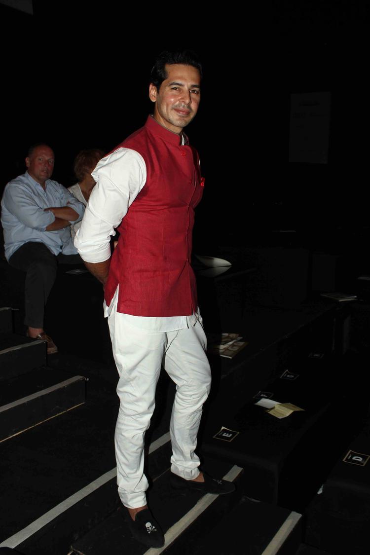 Dino Morea Strikes A Pose At IBFW 2013 On Day 3 Raghavendra Rathore Show